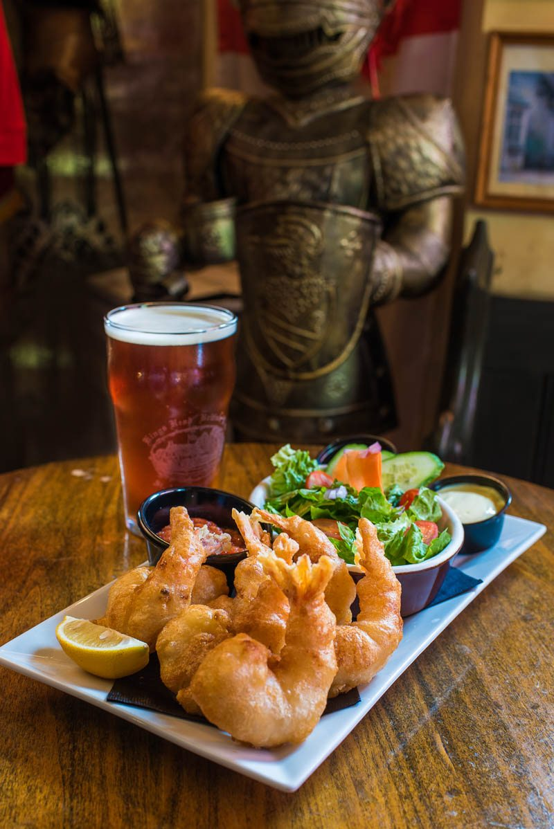 fried prawns kings head british pub st augustine