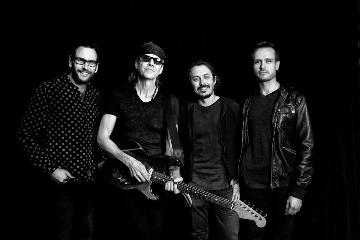 bodeans performs at ponte vedra concert hall florida