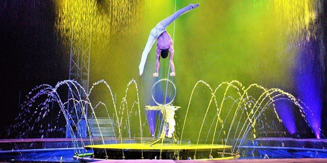 cirque italia water performance comes to palm coast florida