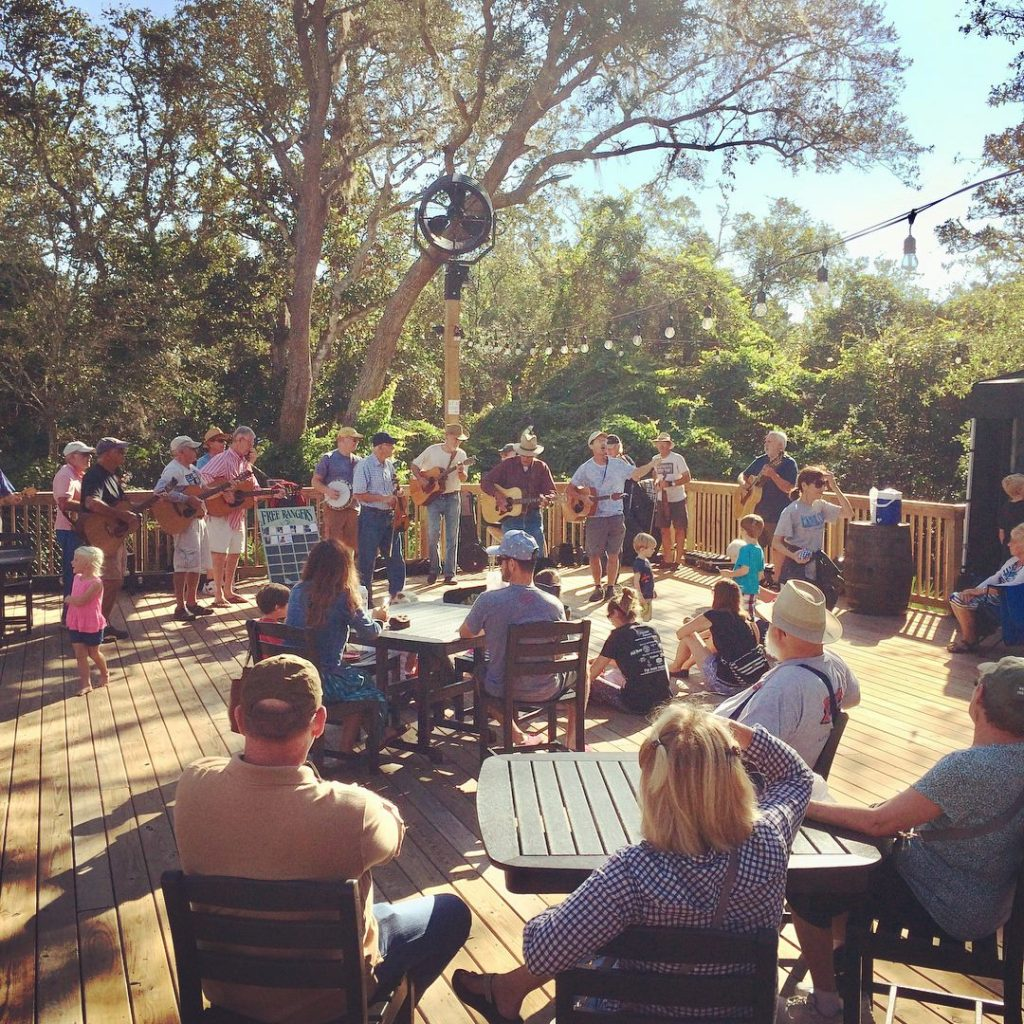 live music at the st augustine amphitheatre farmers market