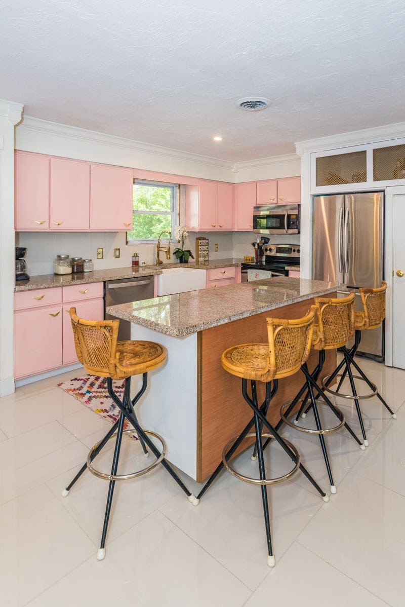 kitchen mid century pink