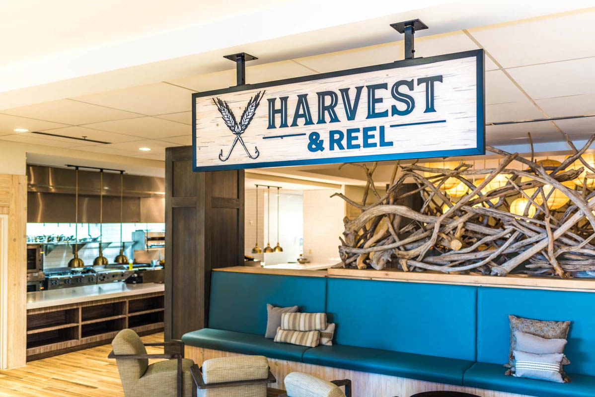 harvest and reel restaurant embassy suites st augustine beach