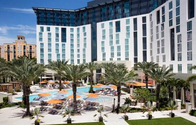 the pool of the hilton palm beaches