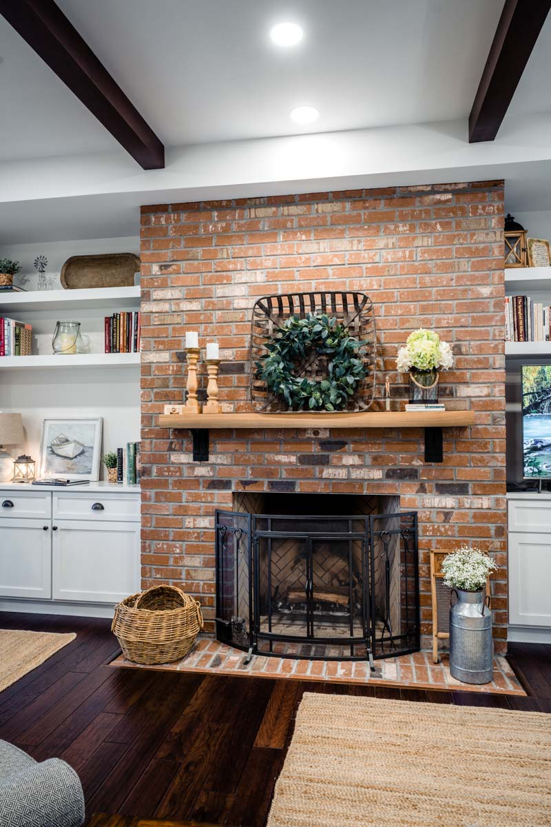 fireplace of longleaf house in st johns county