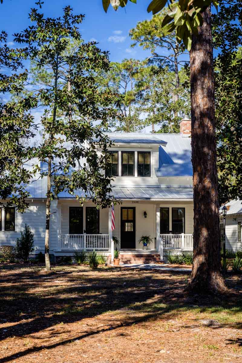 exterior of longleaf house in st johns county